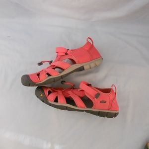 KEEN Pink Sandals Woman's & Water Proof